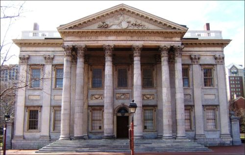 The First Bank of the United States, completed in 1791, is a early masterpiece of Classical Revival architecture.