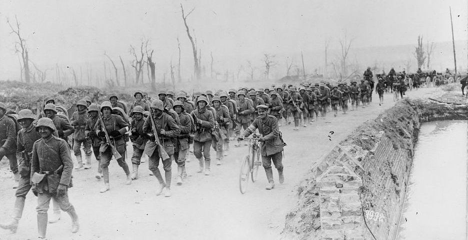 German troops on the march, 1918. Library of Congress.
