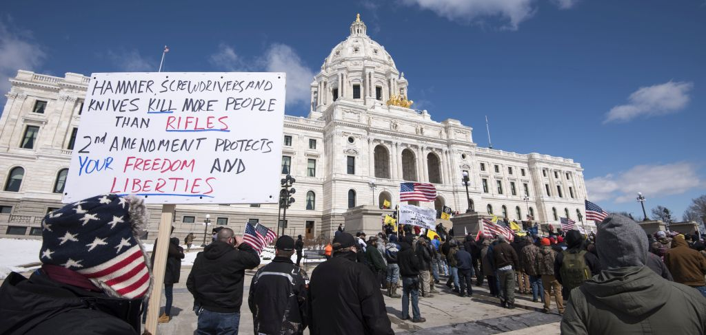 Gun rights supporters rally against gun control in front of the State Capitol in Minnesota. Photo by Fibonacci Blue.
