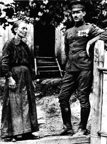 Sgt. Alvin York with his mother.