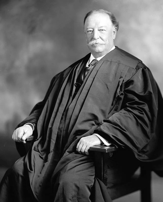 Pres. Harding named Taft to be Chief Justice of the Supreme Court in 1921. Library of Congress.