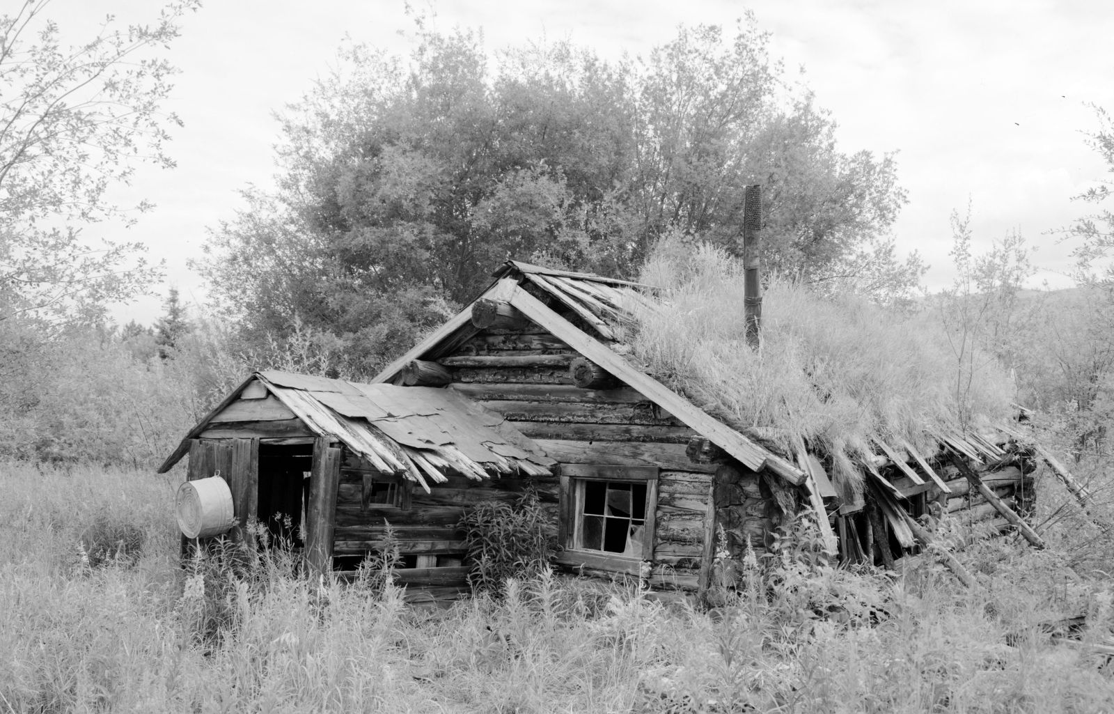 The James Minano Cabin in Yukon was photogrpahed for the 1933 Historic Buildings Survey. Library of Congress.